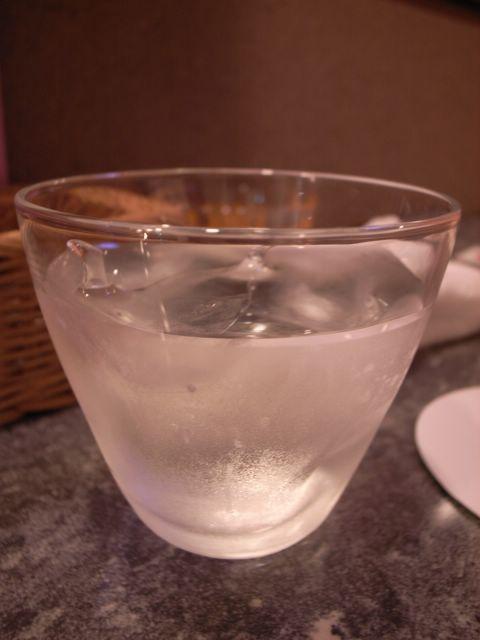 食後の水で